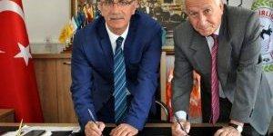 Başkan Kale, Tariş'le Protokol İmzaladı
