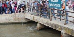 Serinlemek İçim Girdiği Sulama Kanalında Kayboldu